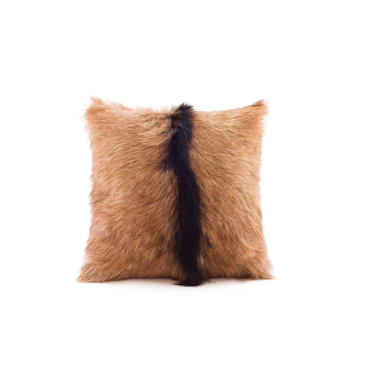 woola_goat_cushion_square